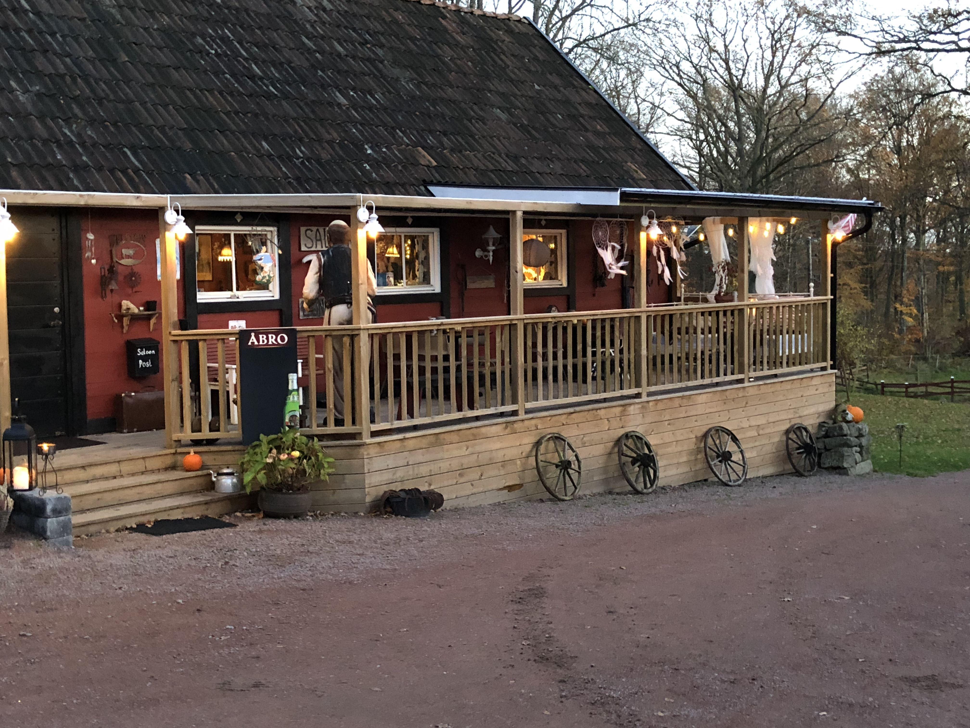 Saloon Longhorn - Örlycke