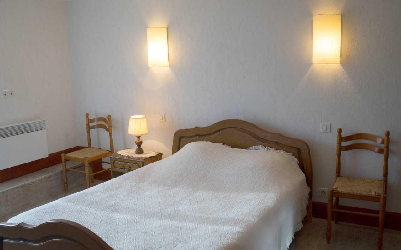 Appartement T3 De Floris ***