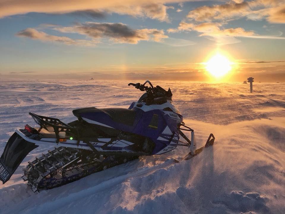 Snowmobile safari - Discover Sälenfjällen