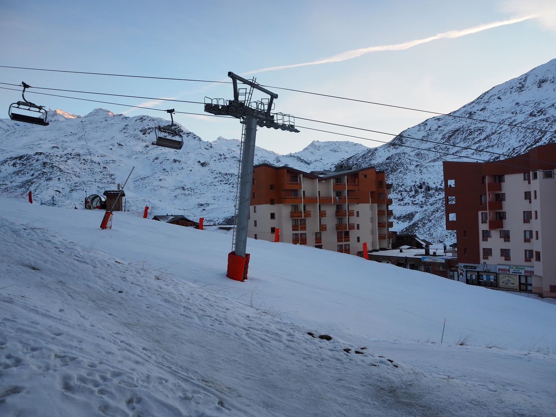 2 Room 4 Pers ski-in-ski-out / Boedette D126
