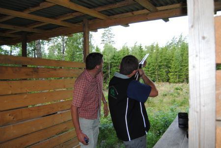 Clay pigeon shooting at Brokamåla Gård