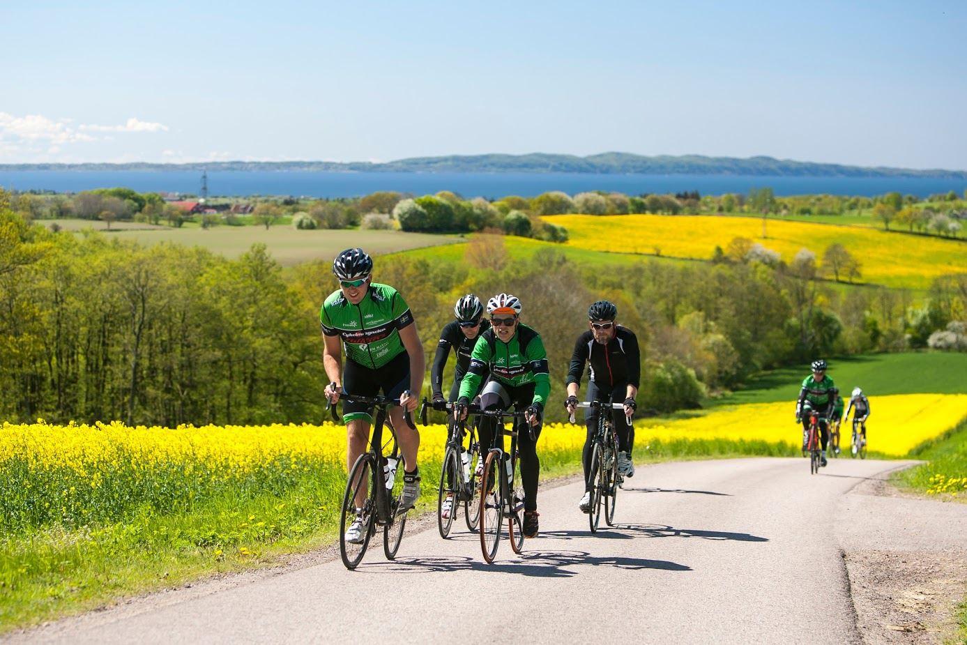 Johannes Persson, Landsvägscykling på och runt Hallandsåsen