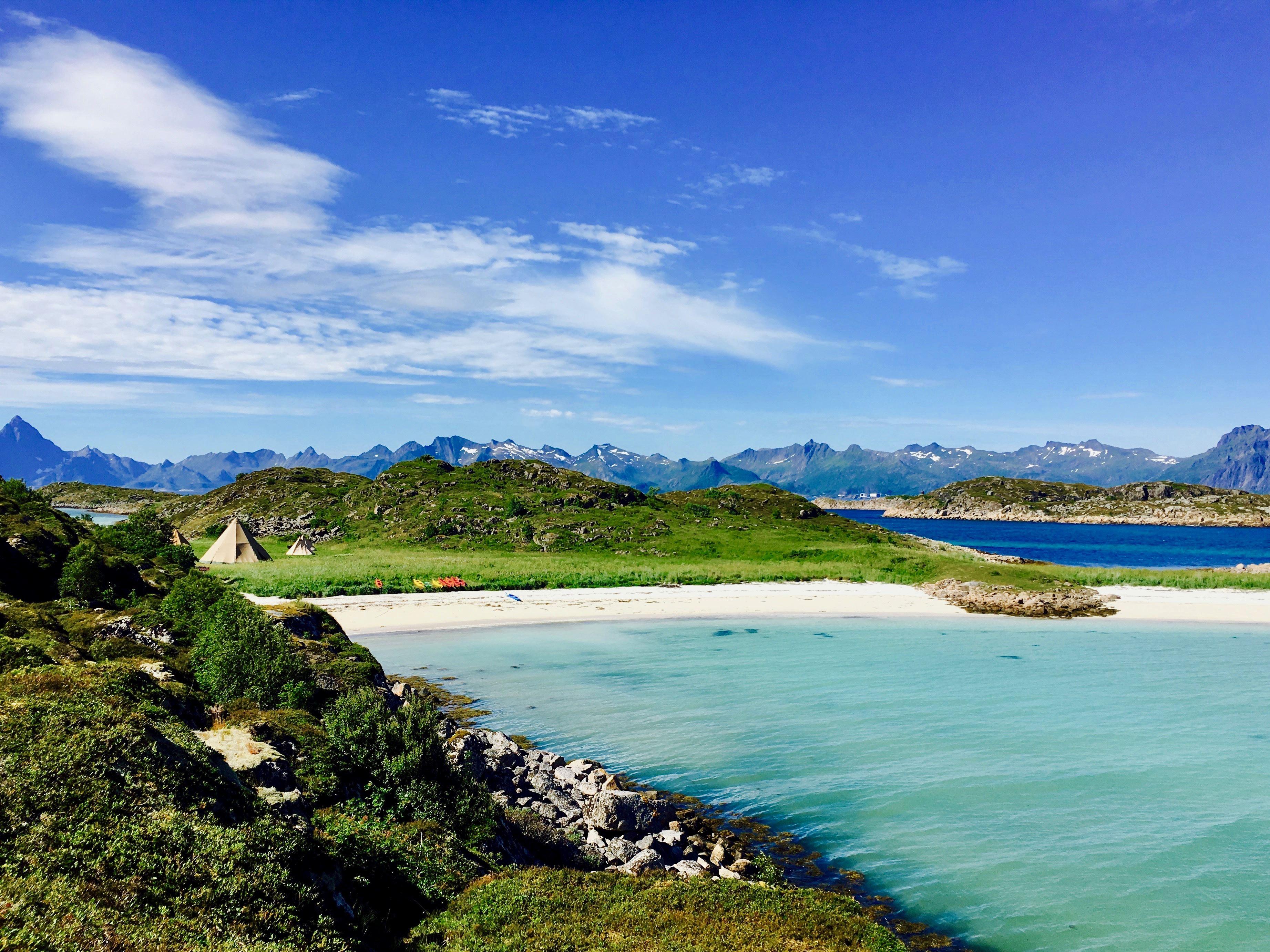 2 Days of Beach Glamping & Activities (fjord & wildlife cruise, kayaking)