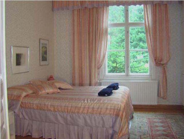 Tollinmäki Manor
