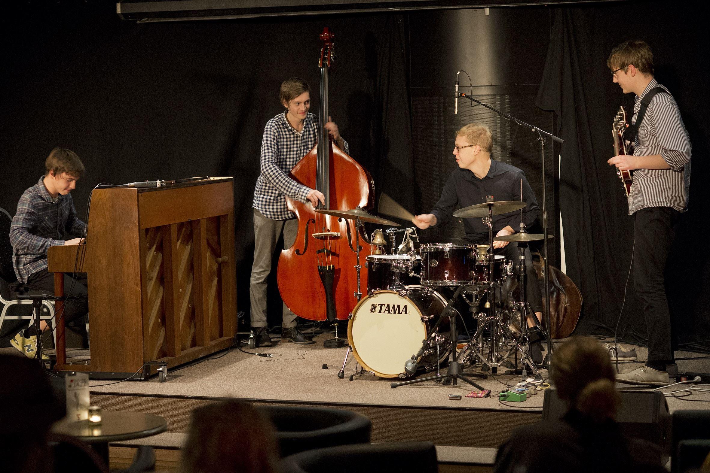 Jazzbröderna Agnas Bros