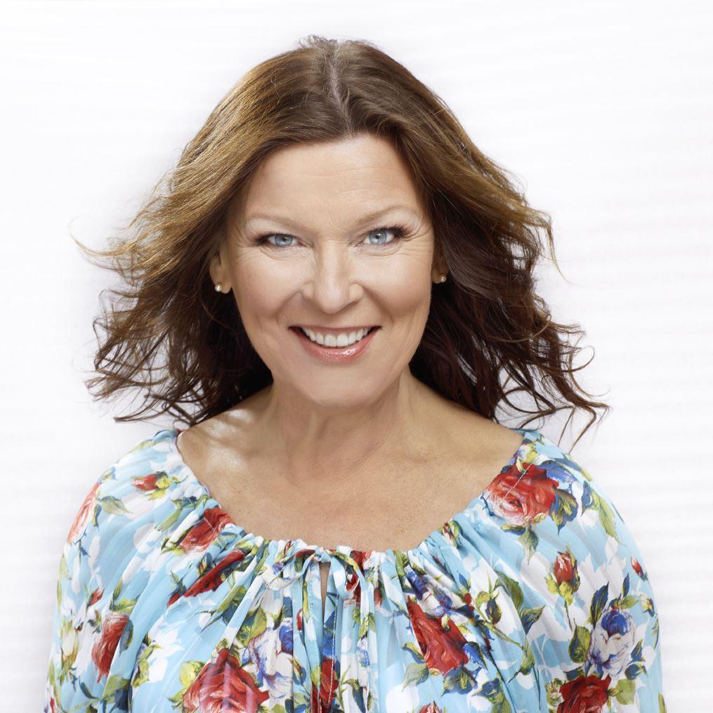 Östersjöfestivalen - Allsång med Lotta Engberg