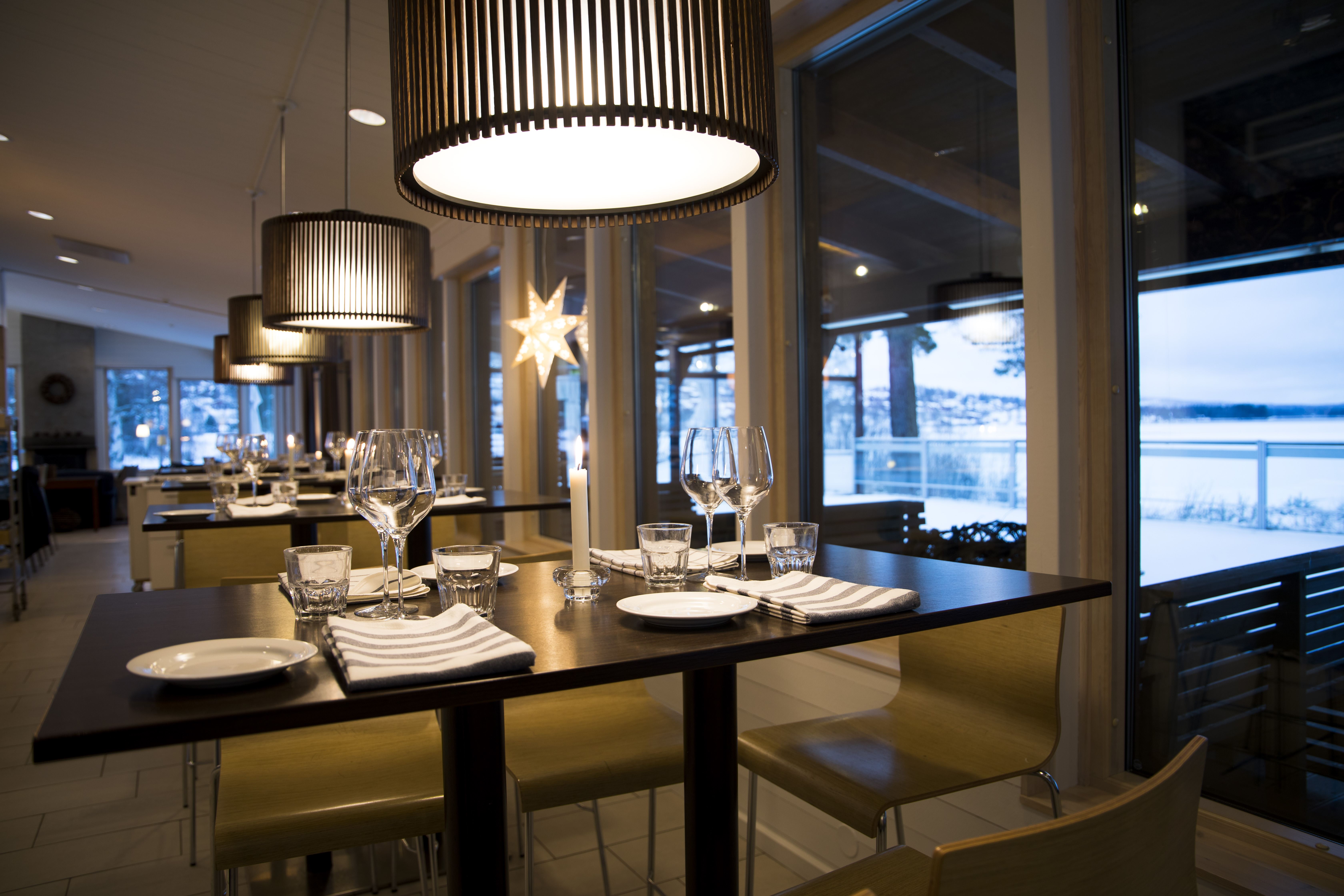 Visit Sjövillan - Brasserie & Bar