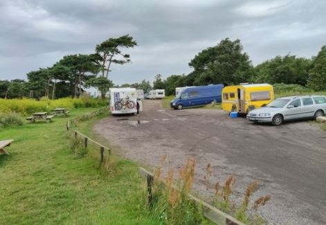 Parking for RVs/camper vans by the sea