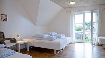 Sælvigbugtens Camping (værelser)