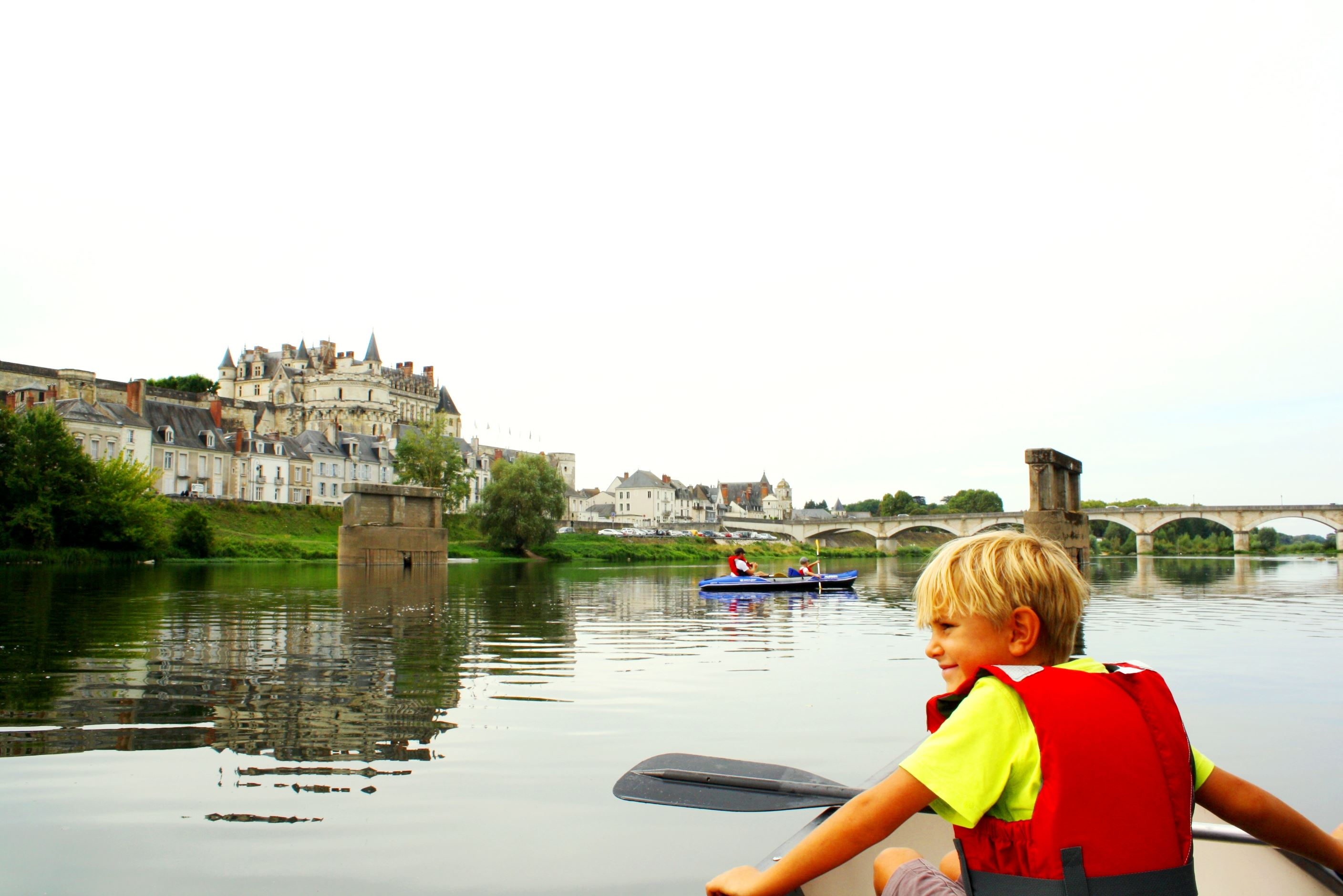 CANOE RENTAL FROM AMBOISE TO TOURS / ONE DAY