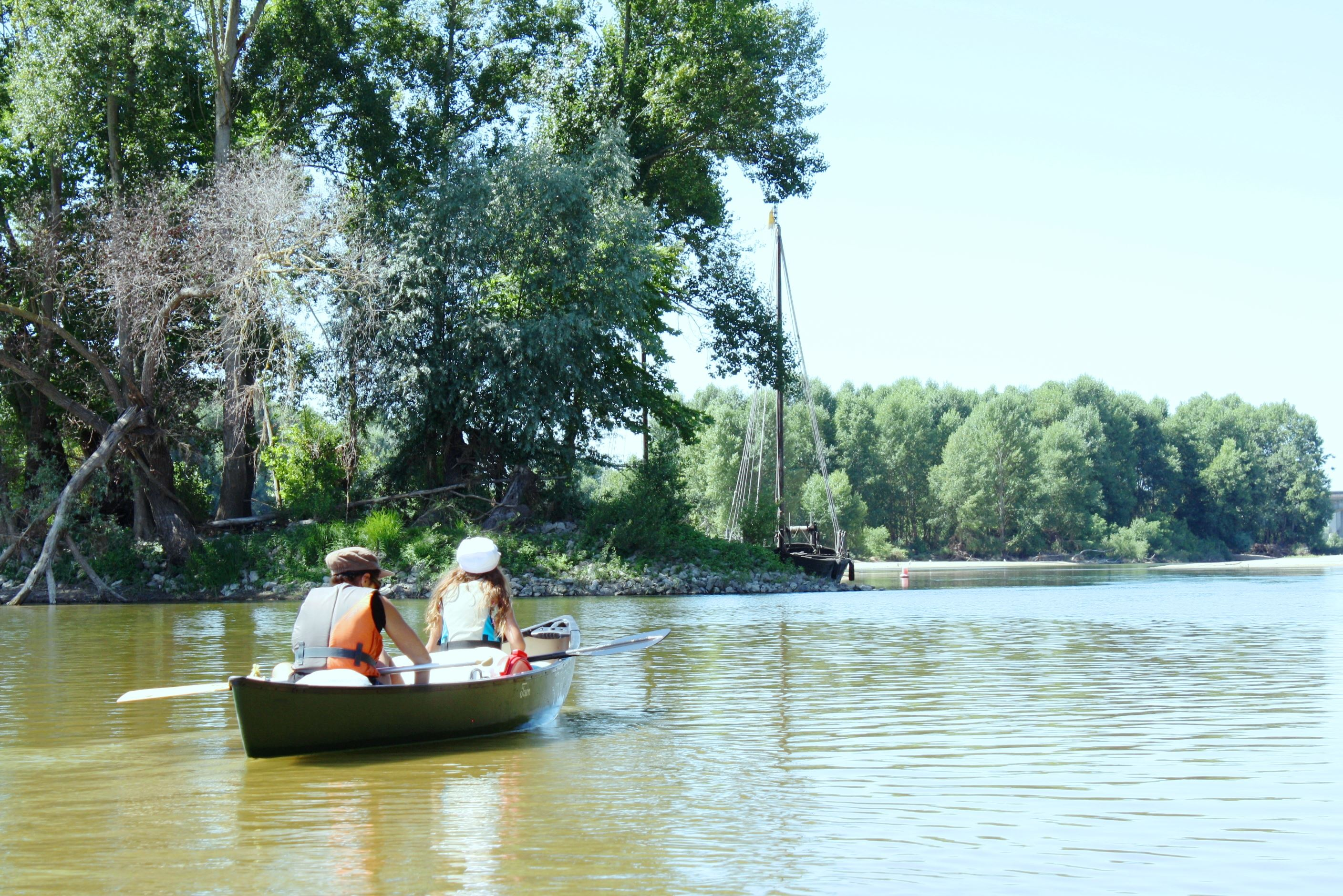 CANOE RENTAL FROM TOURS TO VOUVRAY / HALF DAY