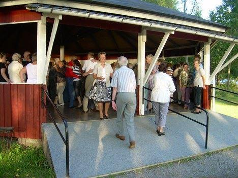Dans - Bredasjön  söndagar