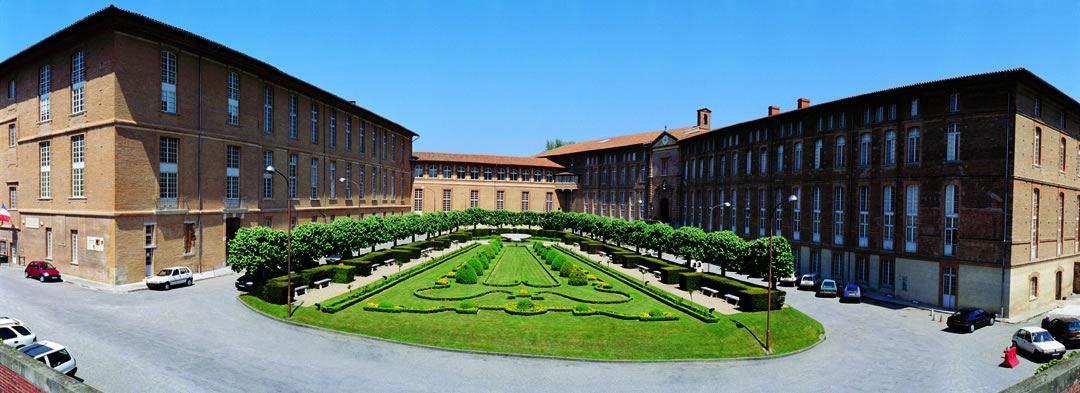 Les hôpitaux à Toulouse