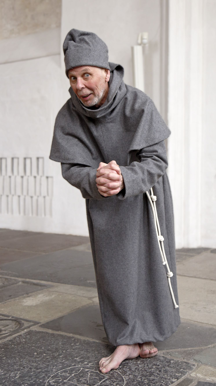 Lucas Gölén,  © Lucas Gölén, Bror Tommy Borgström som munk
