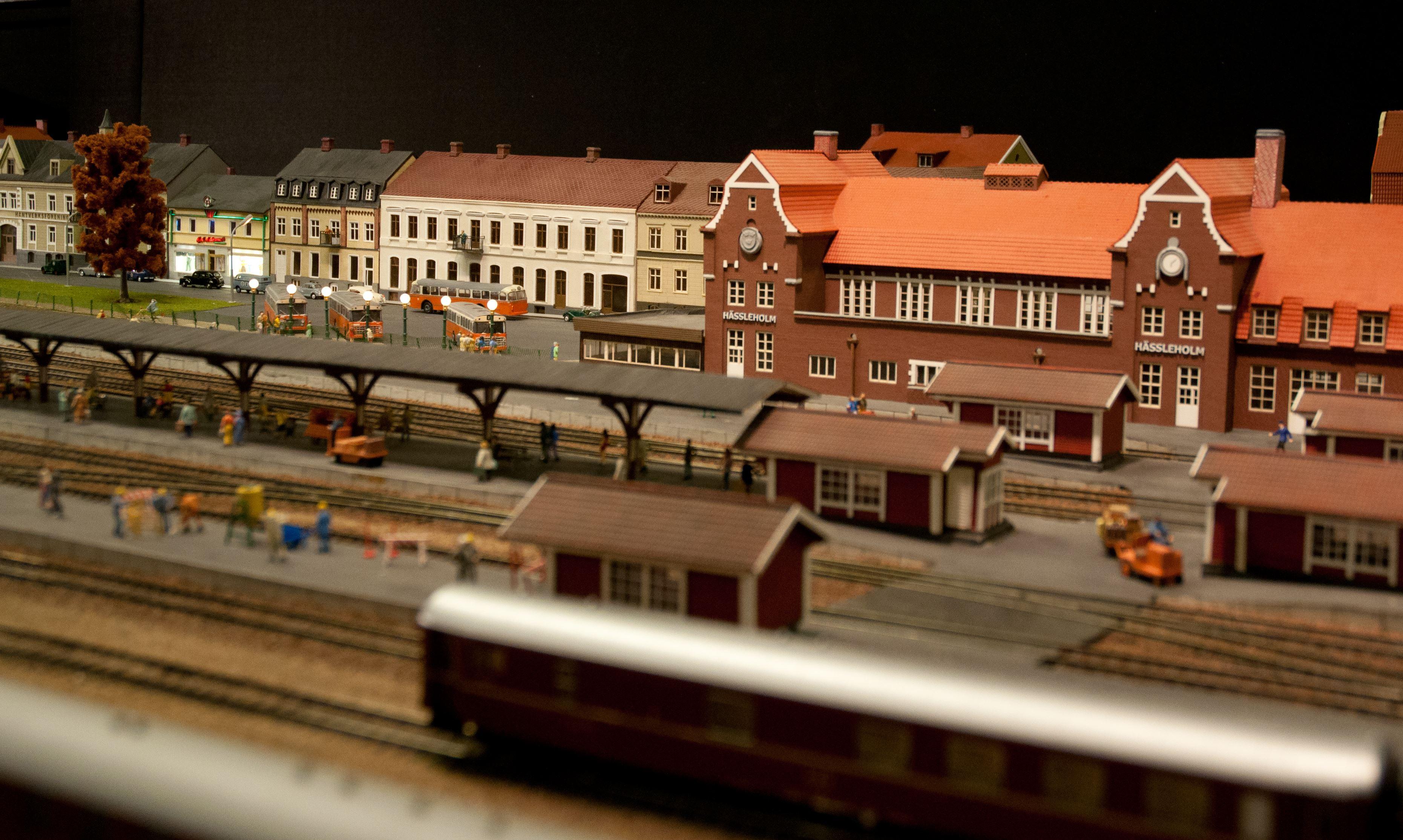 © Hässleholms Modelljärnväg, Die Modelleisenbahn – eine der größten in Schweden