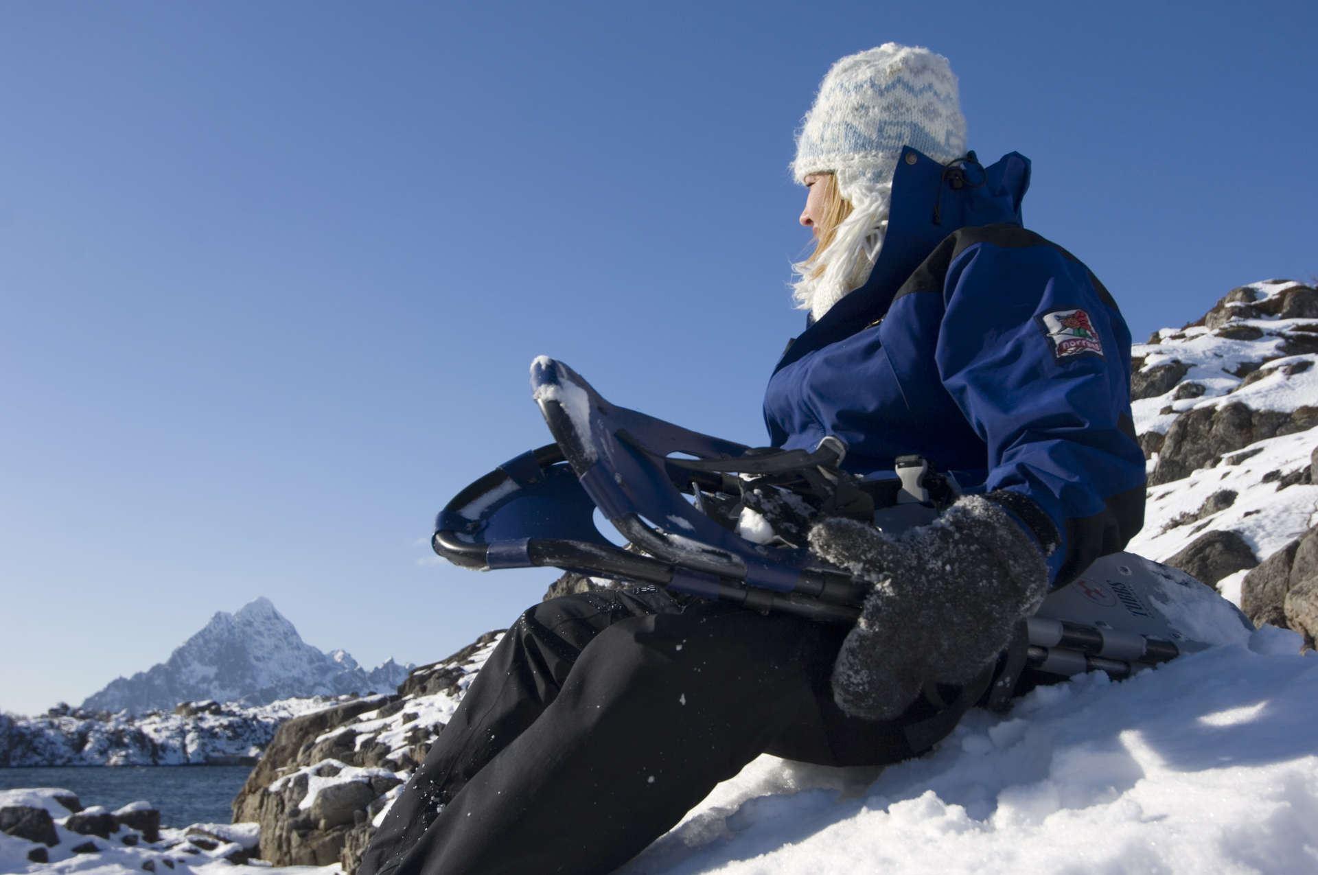 Terje Rakke,  © VisitNOrway, Snowshoeing halfday with Lofoten Aktiv
