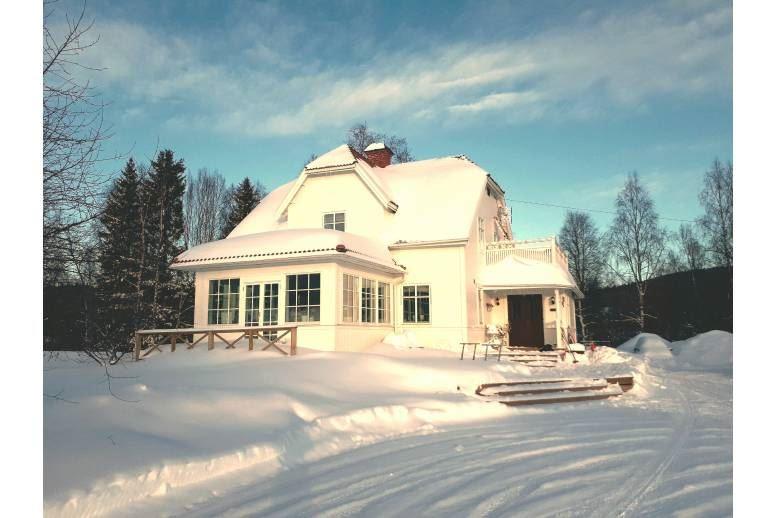 Örnsköldsvik - Charmig villa på landet men nära stan