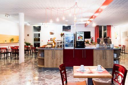 HPH112 - Hôtel à Bagnères de Bigorre face au Pic du Midi