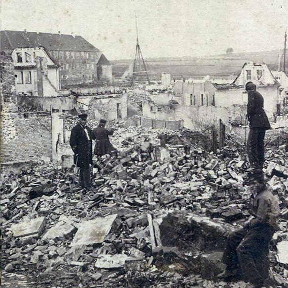 'Eine Stadt in Ruinen' - eine 1864-Stadtwanderung mit Guide