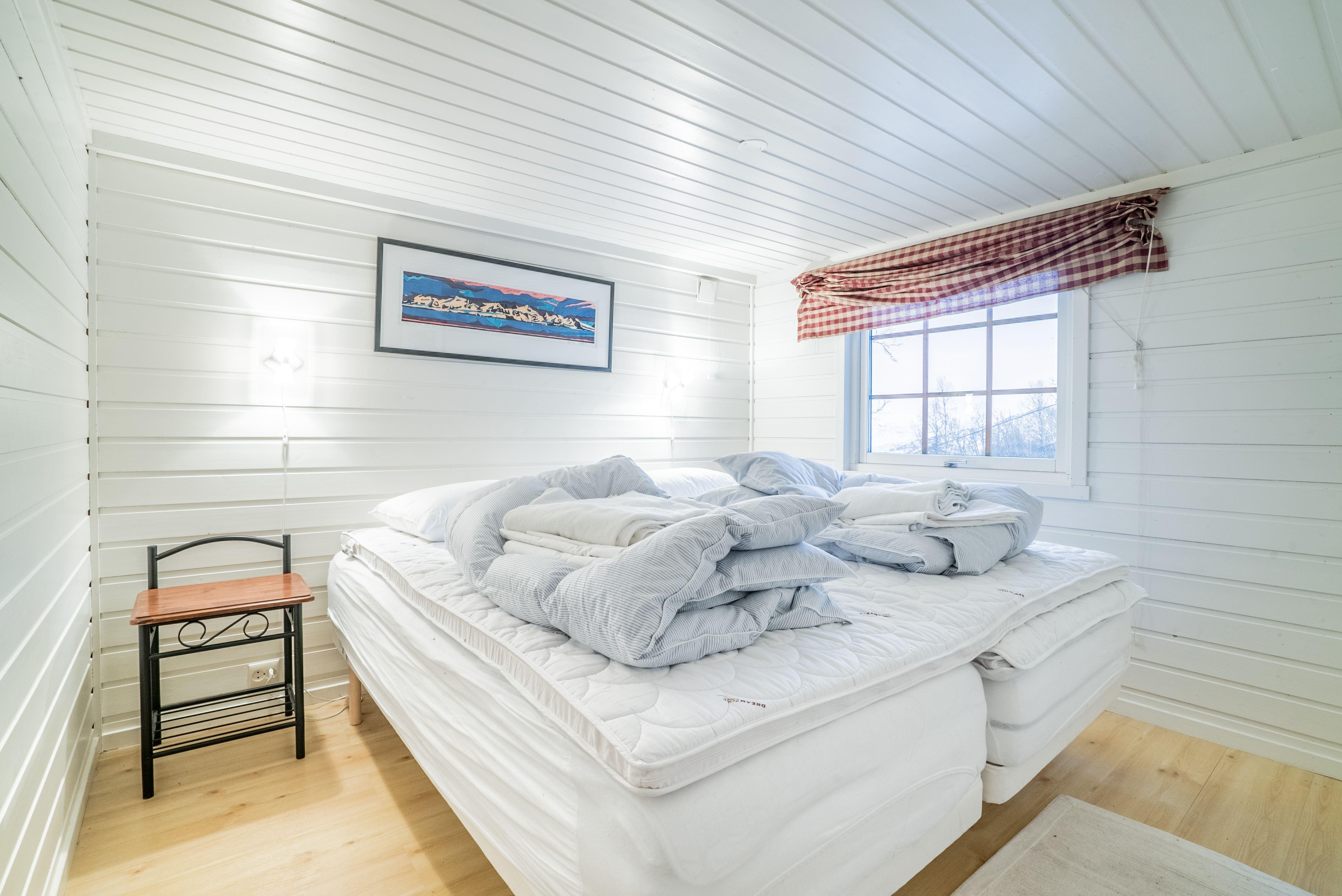 Narvik Mountain Lodge,  © Narvik Mountain Lodge, Master Bedroom