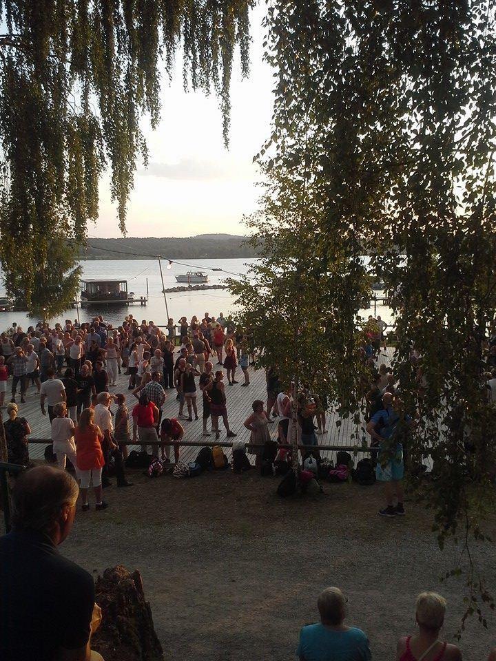 Outdoor dancing, Hjortnäs