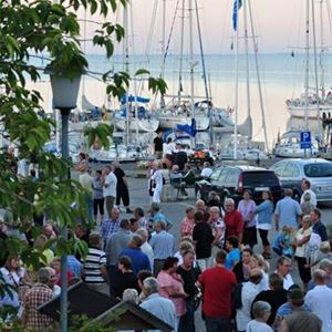 Music evening and dancing in Kristianopel harbour