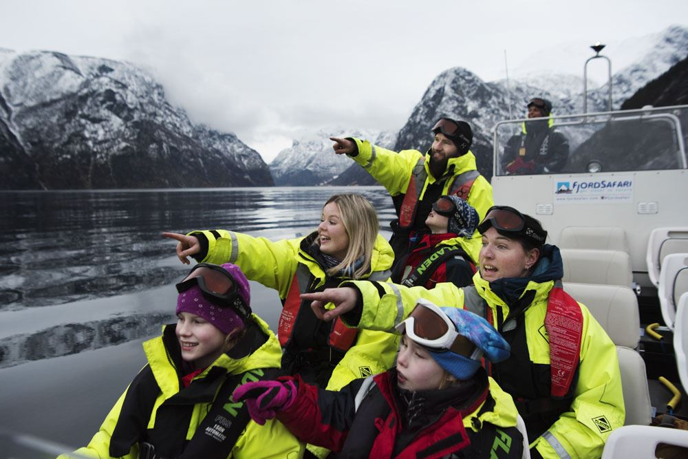 © Thea Hermansen, Basic Vinter FjordSafari