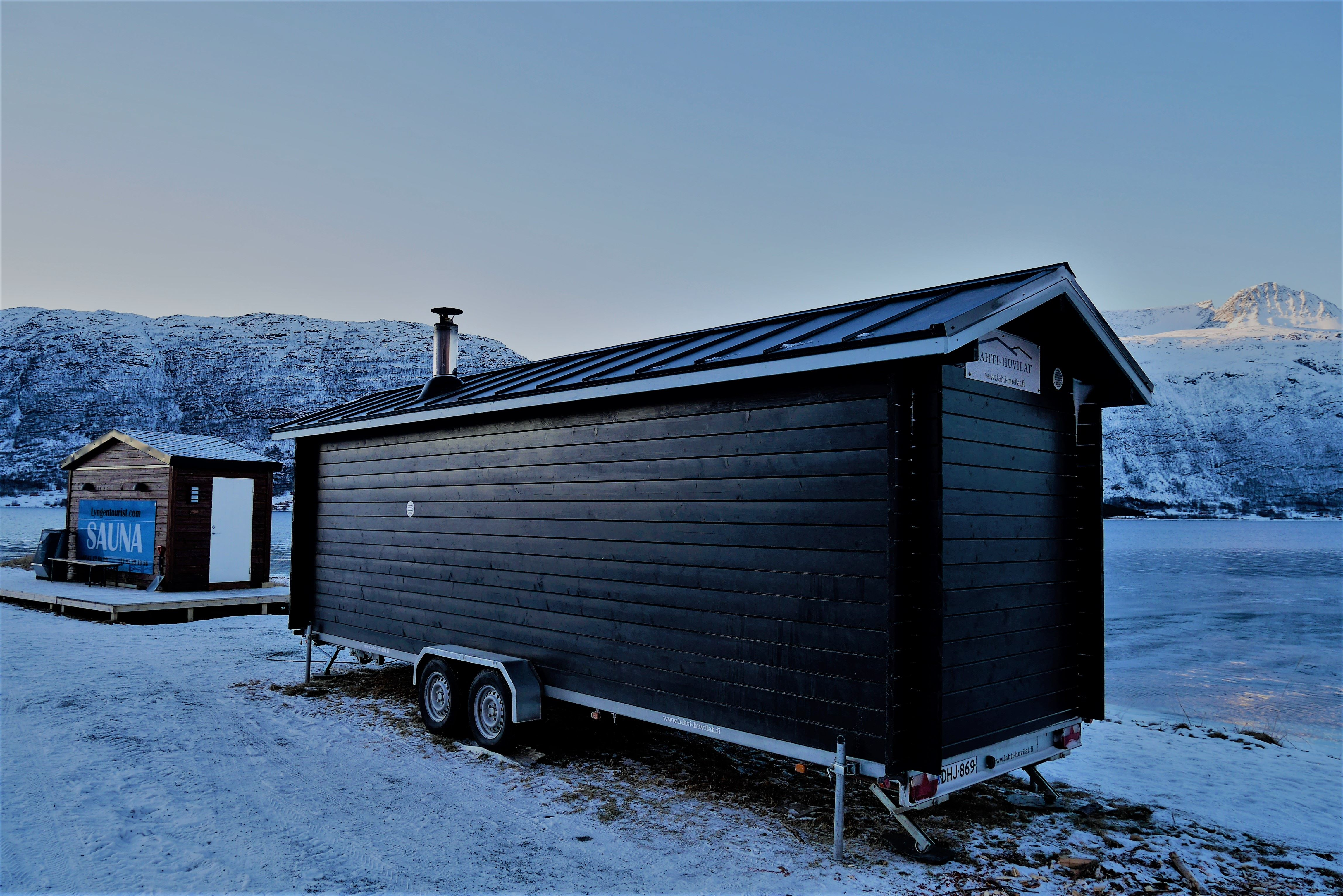 LyngenTourist - Arctic Swimming & Sauna