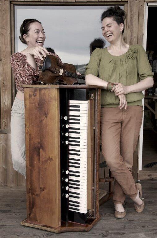 Orgel och fiol med Kristina Bergström och Thuva Härdelin