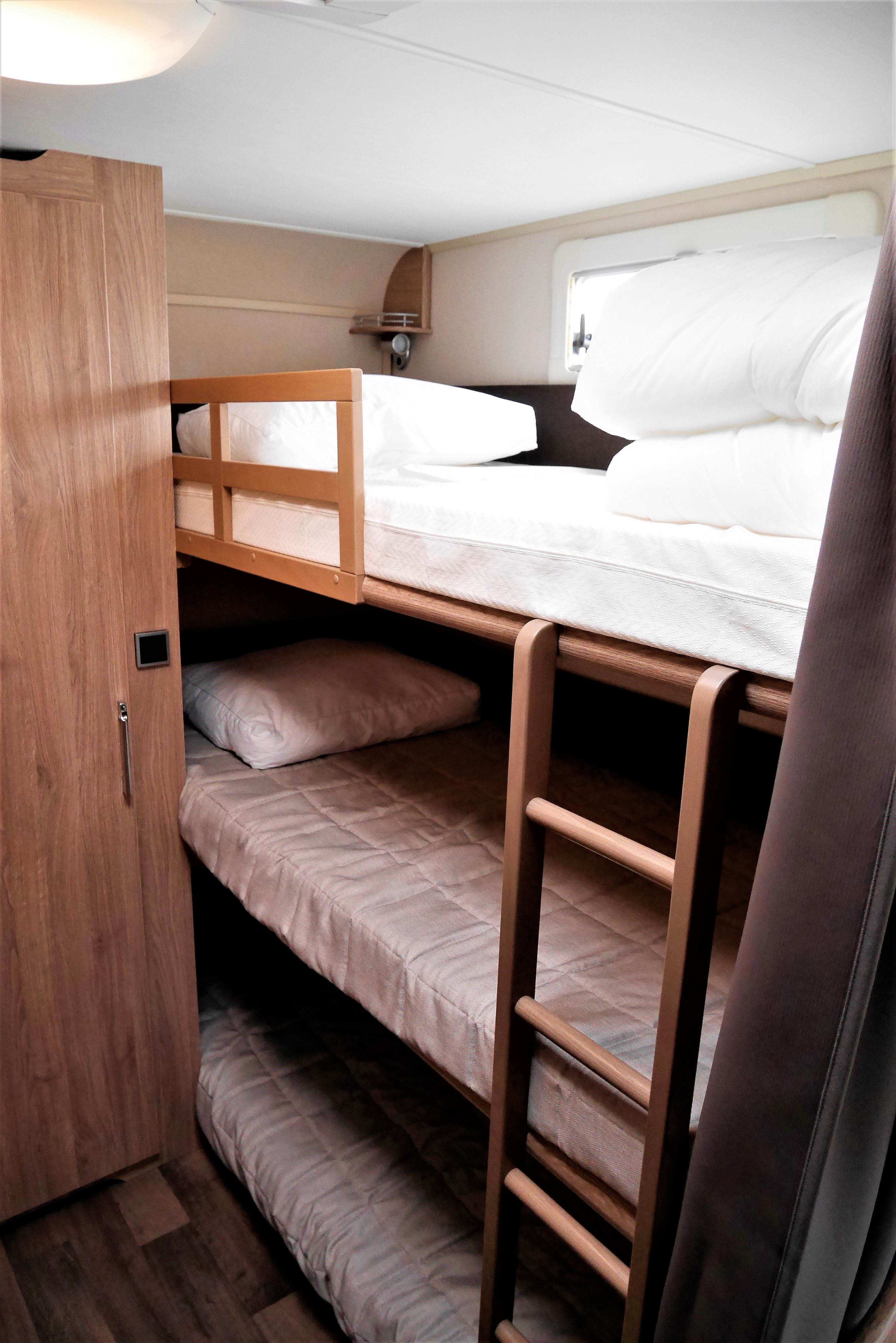 Modern and compact experience - Caravan for 5 persons - LyngenTourist