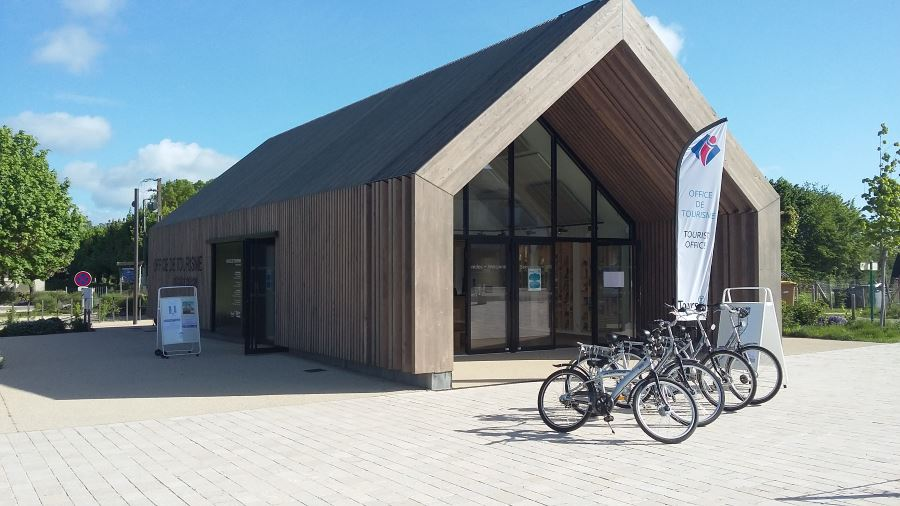 RENT A BIKE IN VILLANDRY TOURIST OFFICE