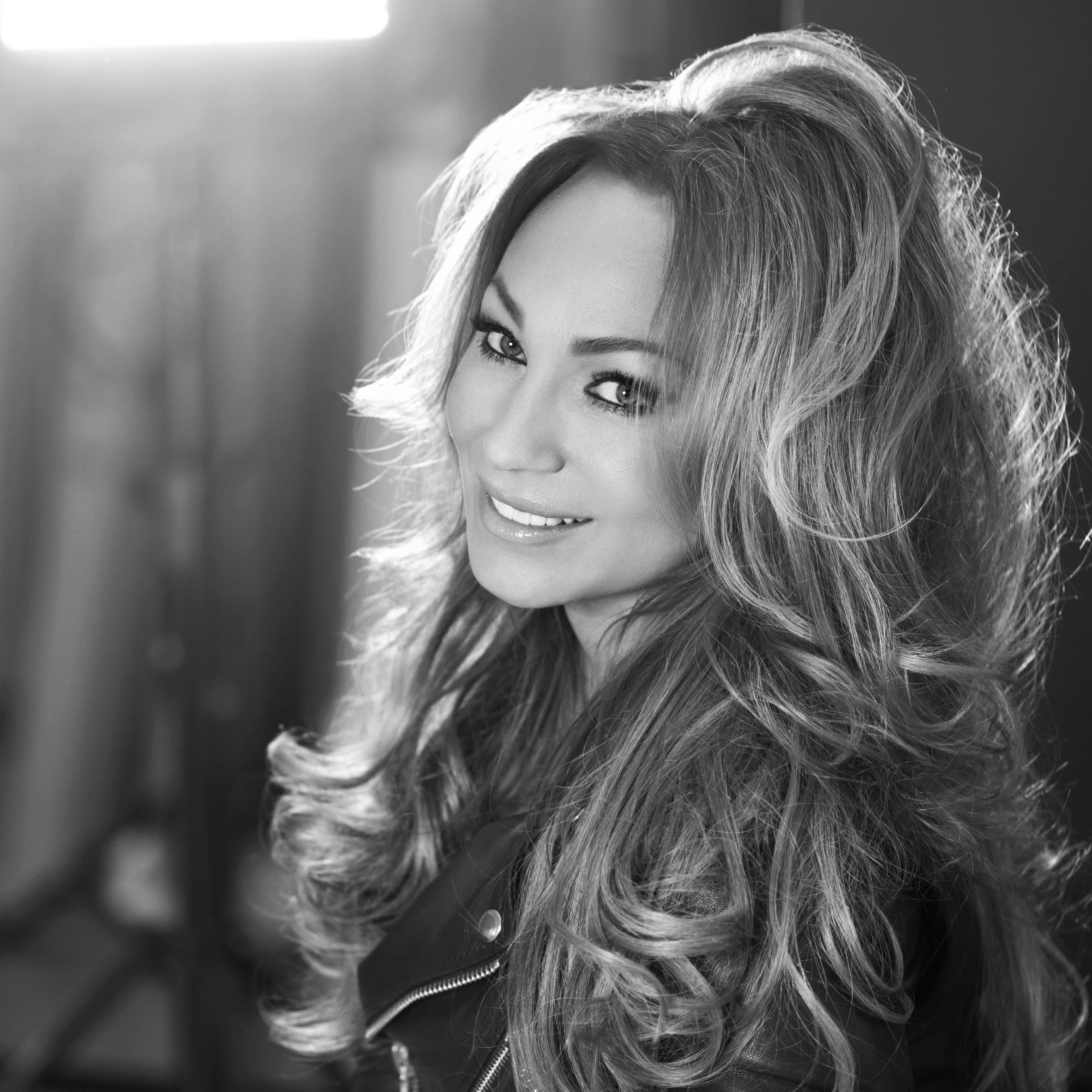 Musik: Charlotte Perrelli - Flickan från Småland