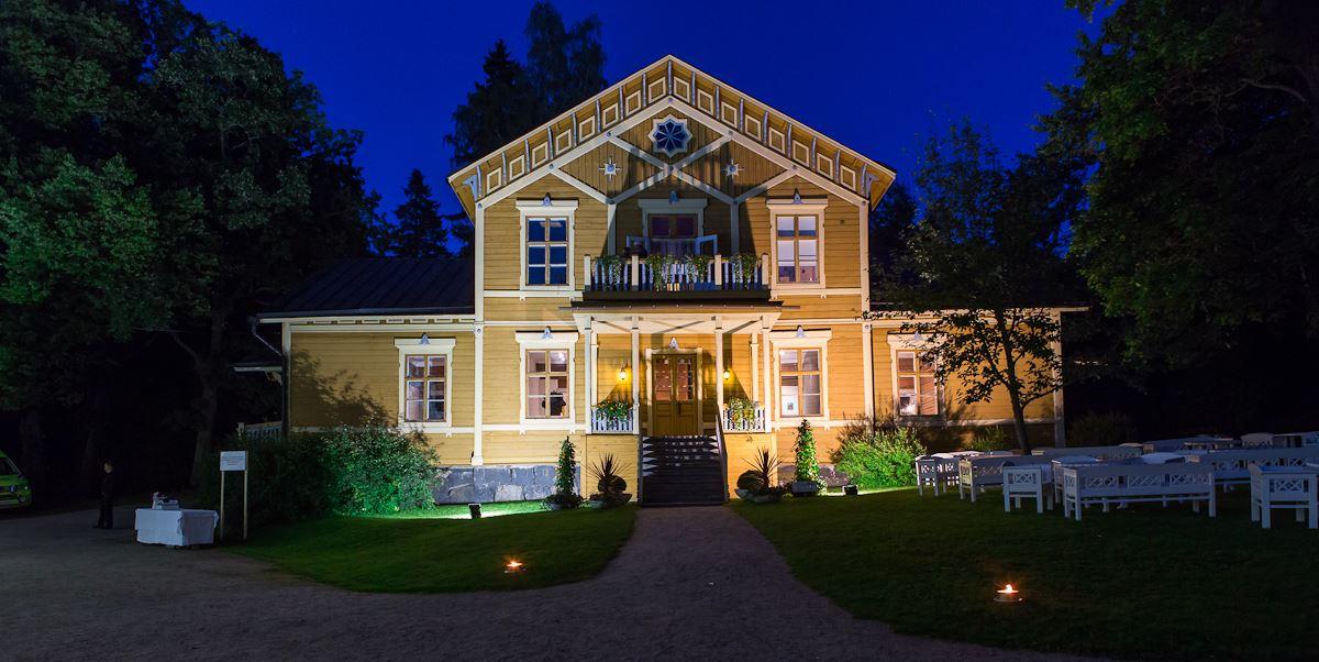 Bonk in Pyhäniemi 30 Jun - 12 Aug 2018 | Pyhäniemi Manor