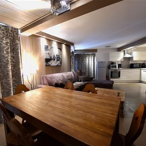 APPARTEMENT ROC DE PECLET