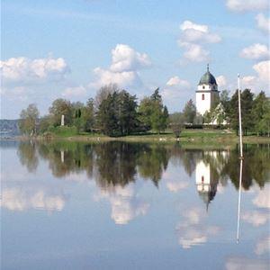 Rättviks kyrka vid Siljan.