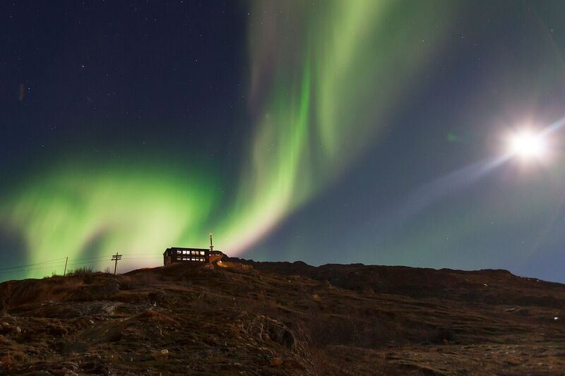 Lights at the Lodge - experience the Northern Lights from the mountain top