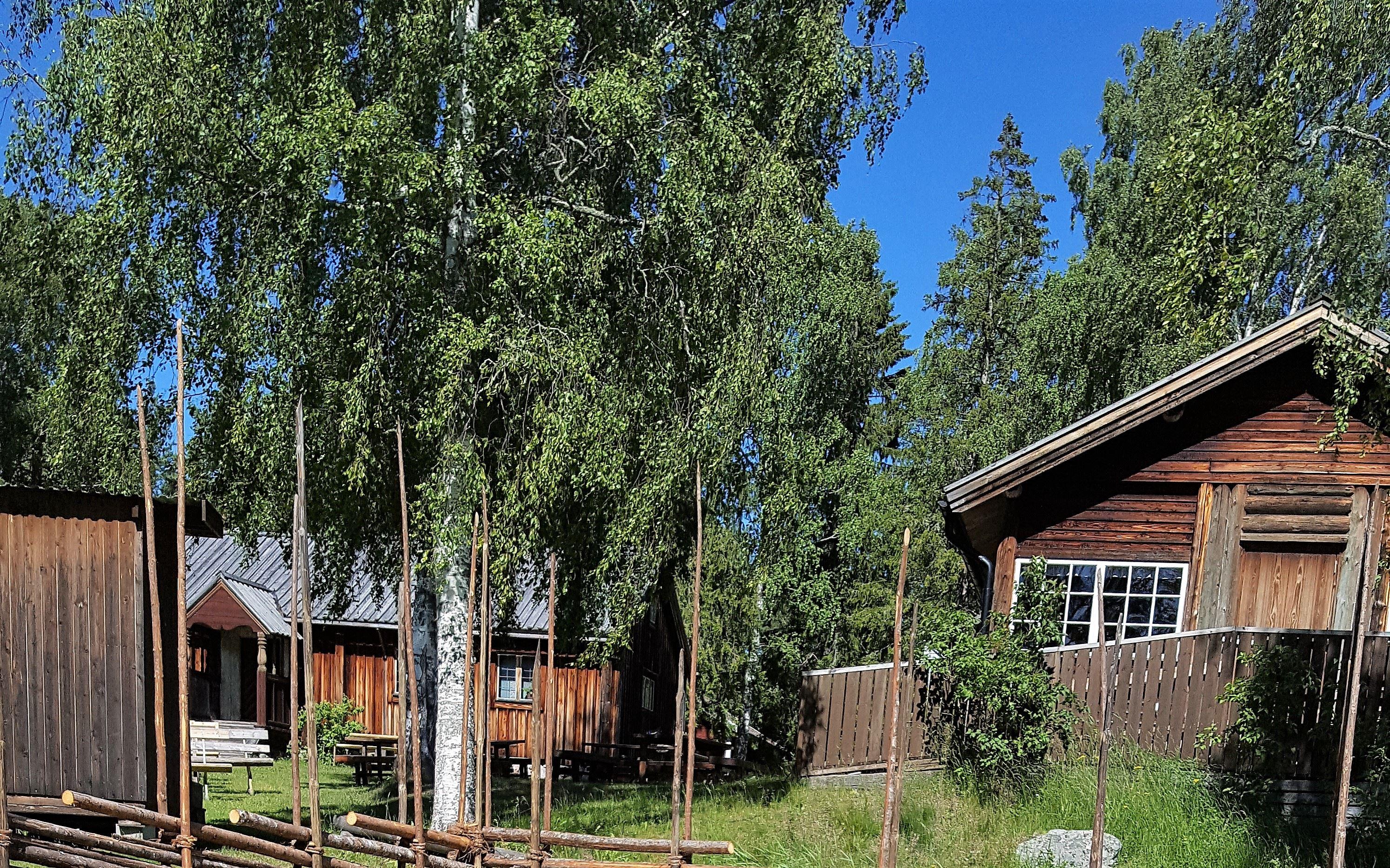 Petra Gahm, Bjuråkers Forngård 25 juni-12 augusti kl. 12-17