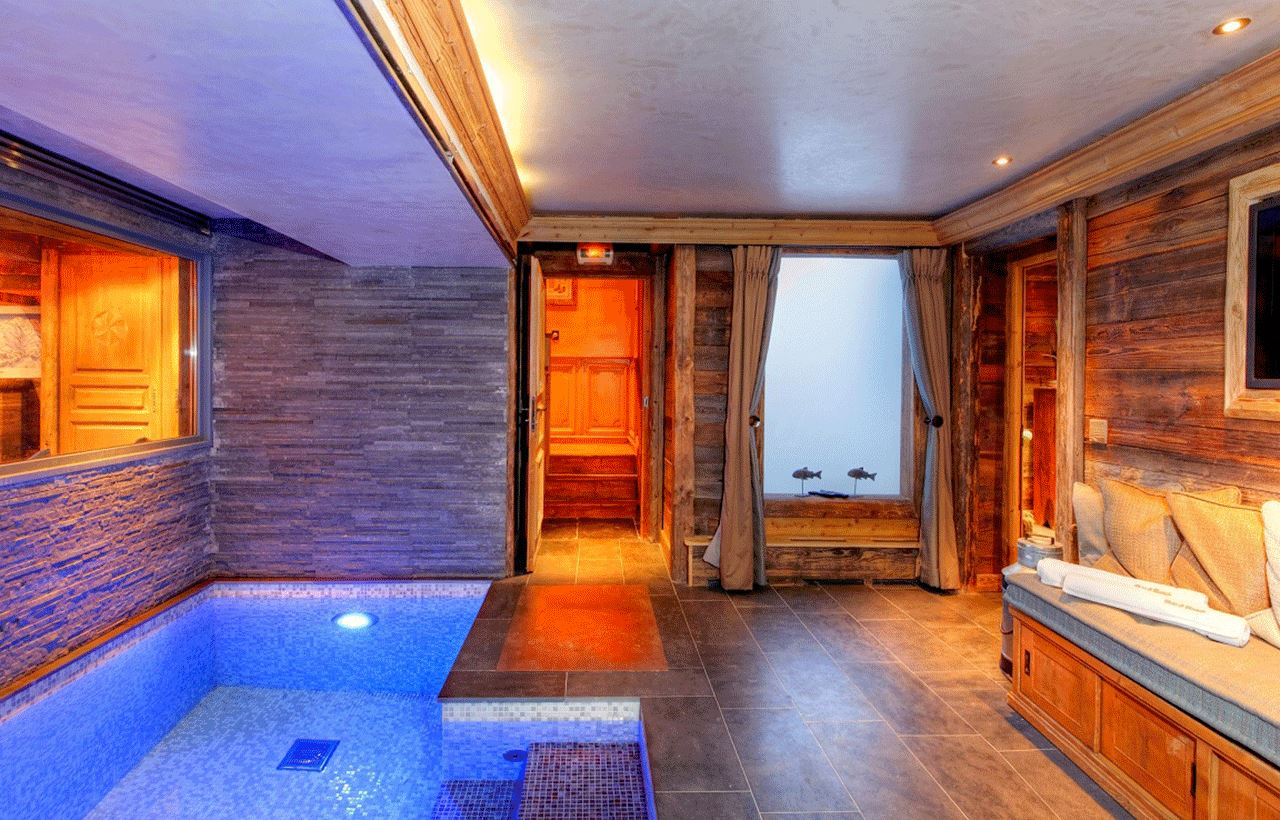 8 rooms, 12 people / CHALET SAINT CHRISTOPHE (Mountain of Dream)