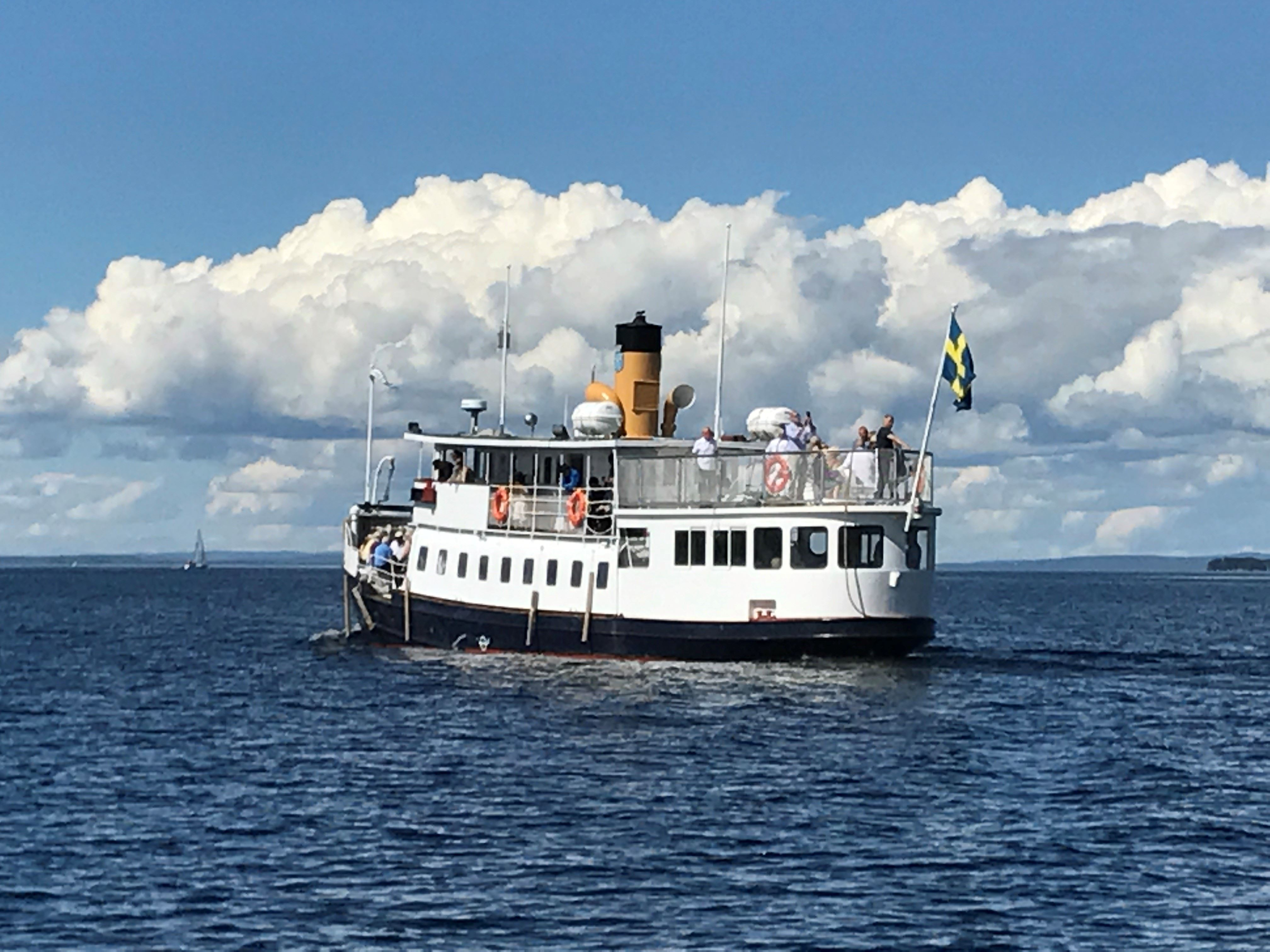 © Sir Winston Group, Boat tripp with M/S Thomèe