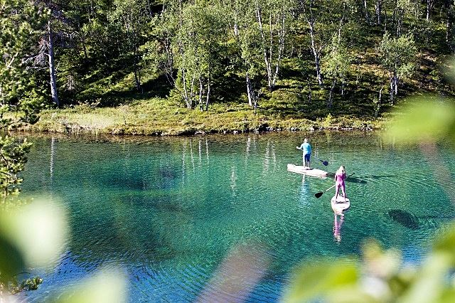 Rent a SUP kit and paddle on Blanktjärn