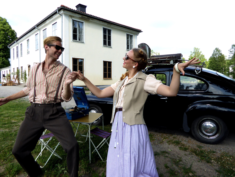 Jessica Andersson, Johan Persson i rollen som Mats och Olivia Molin i rollen som Petra.