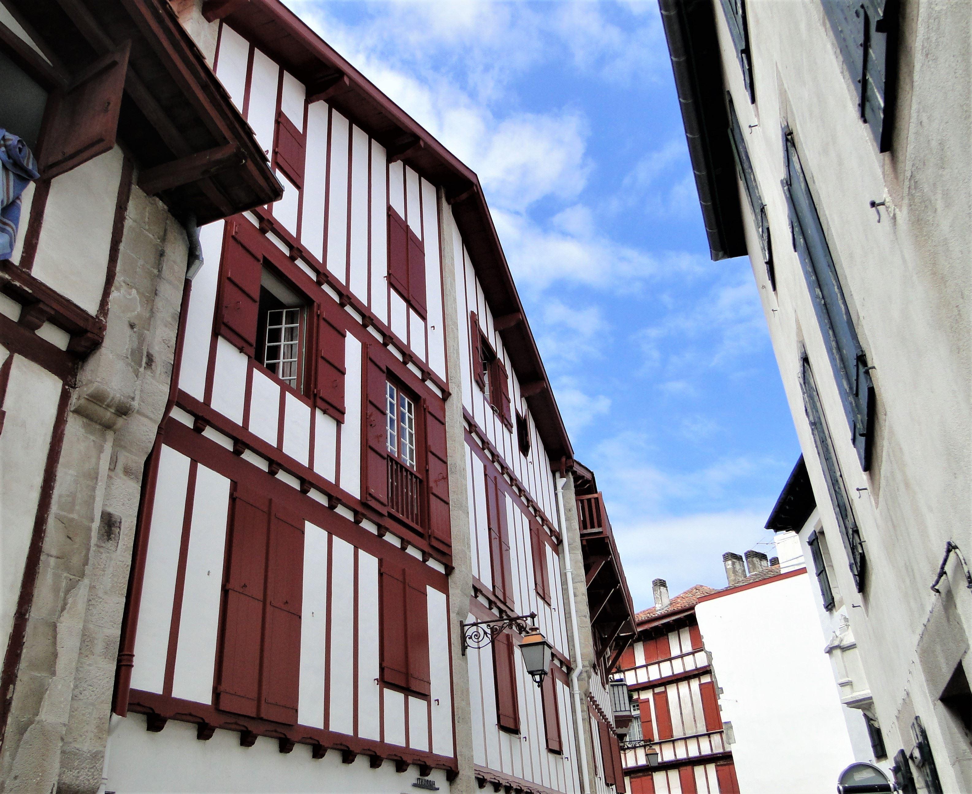 """Saint-Jean-de-Luz et Ciboure : Visite patrimoniale """"Contez-moi le cœur de Ciboure"""""""