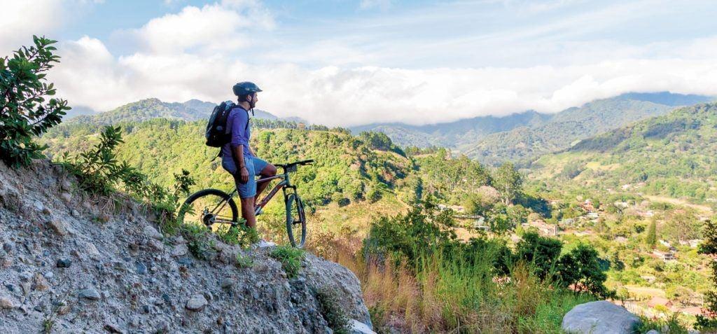 Mountain Biking Tour in Boquete Highlands