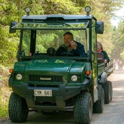 Dagsutflykt till Hasselö med fyrhjuling och vagn (lunch kl 11.30)