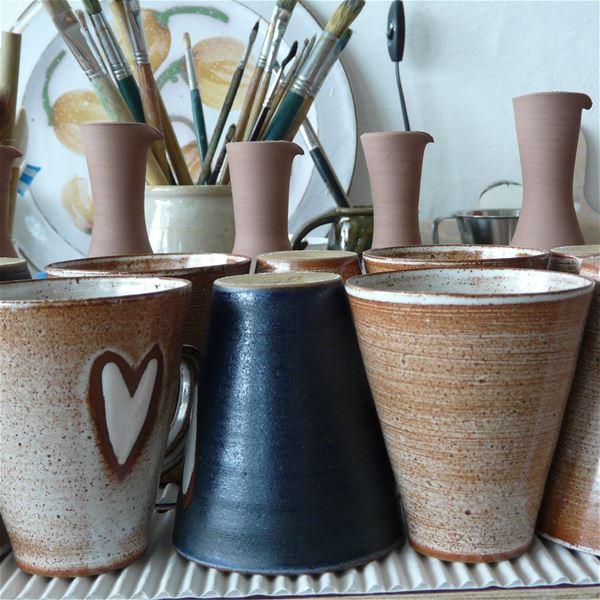 Keramikkrukort i olika storlekar.