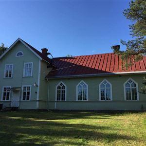 Aina, Kapellet i Byn, Fränsta