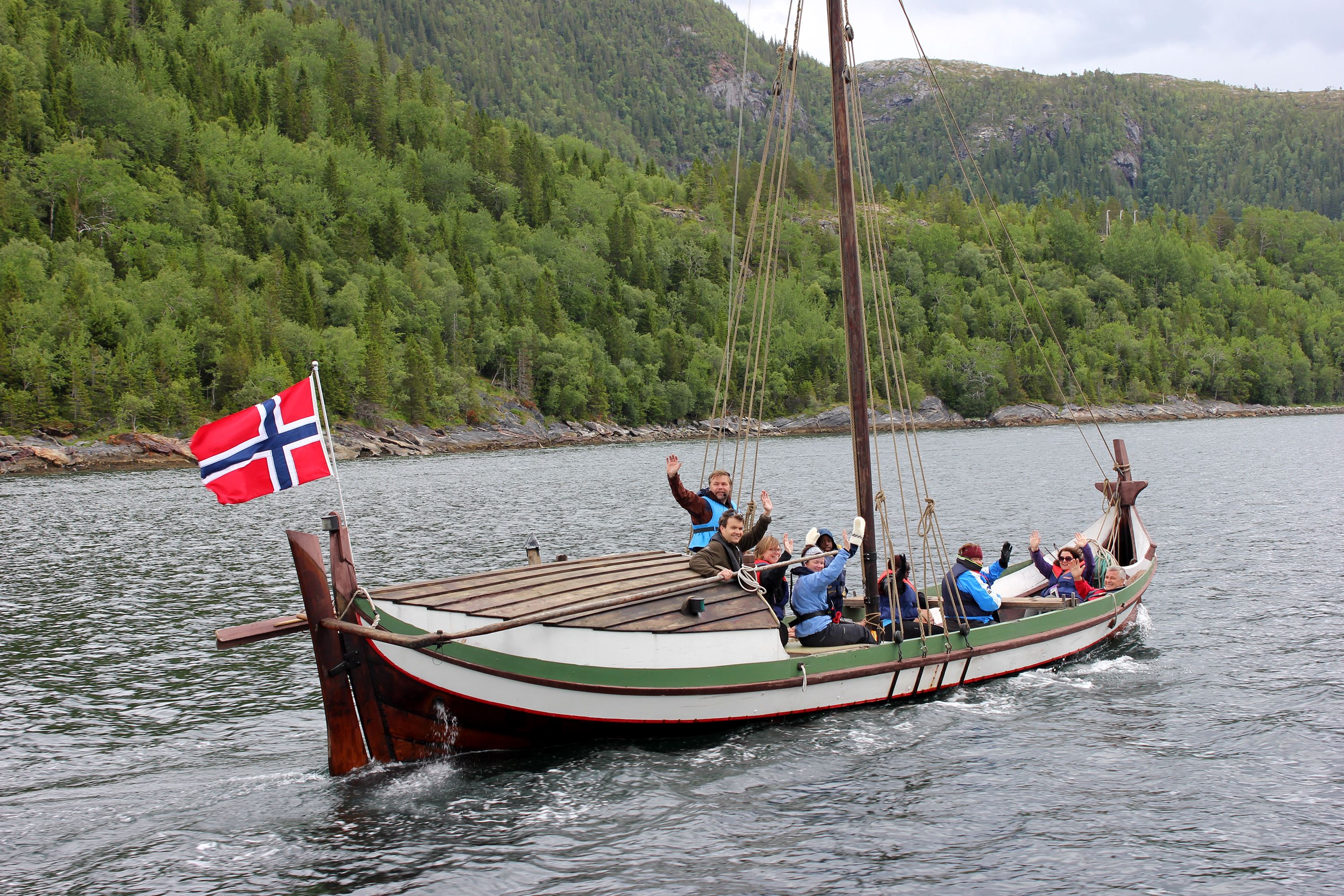 Historical boattrip in traditional boat