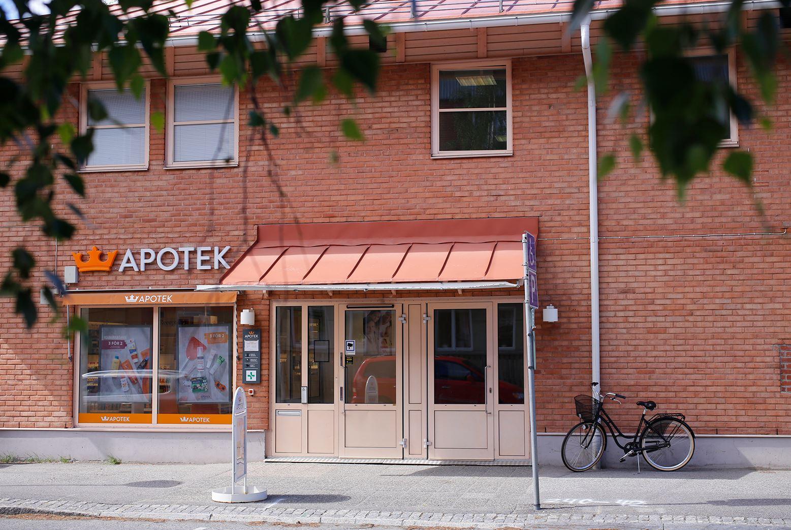 Anna Edvall,  © Linjalen, Apotektet