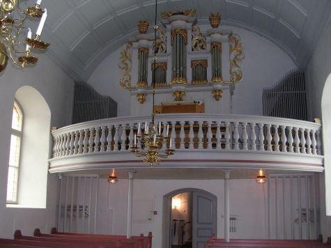 Bergunda church