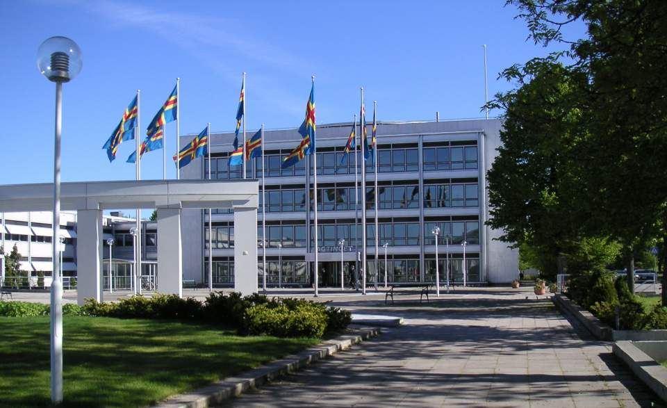 Rundvandring i Ålands lagting på fredagar